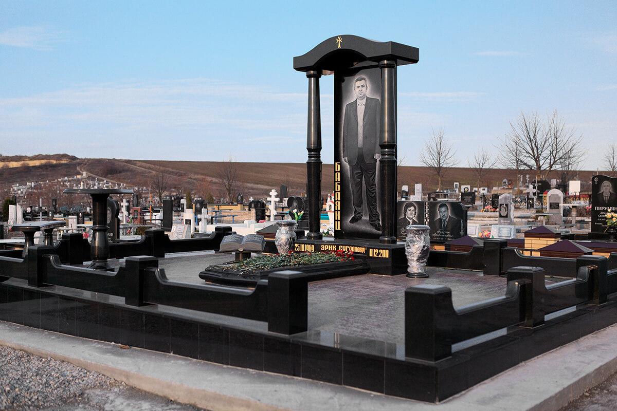 Елітні пам'ятники на могилу