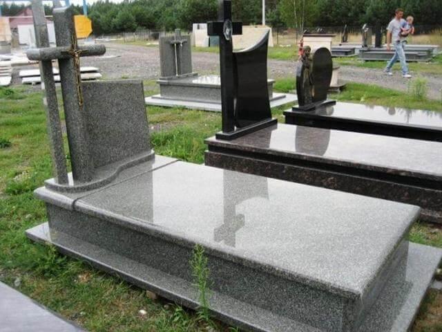 Одинарні пам ятники із граніту сірого
