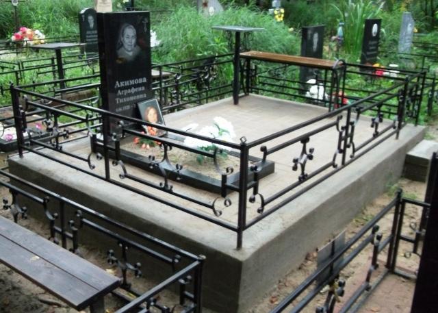 пам'ятник надгробок