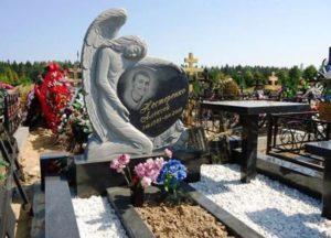 пам'ятники з ангелом