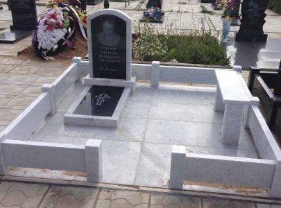 Встановлення пам'ятників в Києві і по області