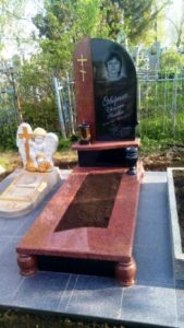 цветные памятники на могилу фото Коростышев киев Украина цена wdtnyst gfvznybrb yf vjubke ajnj