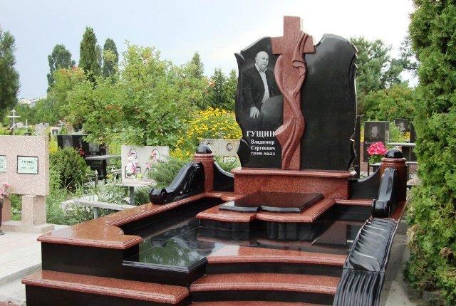 памятники Украина гранит