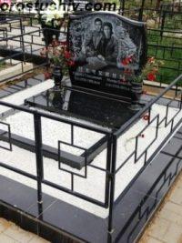 гранітні пам'ятники ціна в Києві