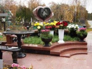 эксклюзивные памятники надгробия