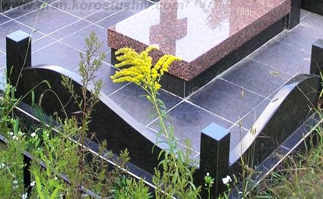 памятники на могилу мемориальный комплекс