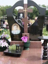 эксклюзивные надгробные памятники из гранита в Коростышев