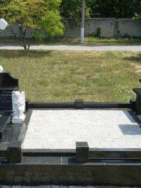 небольшие памятники комплексы с крестом