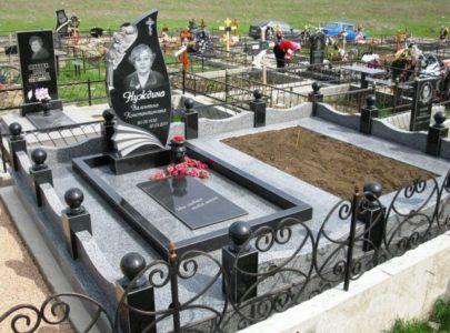 Памятники в Киеве под ключ!