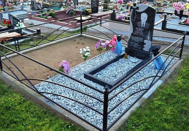заказать гранитный памятник на могилу