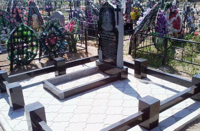 заказать надгробный памятник