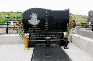 заказать памятник на могилу в киеве