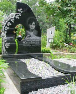 где можно заказать памятник на могилу
