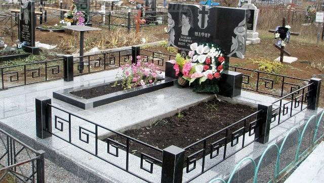 заказать памятник на могилу Киев