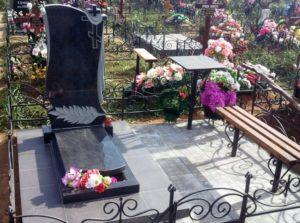 памятники из гранита от производителя Коростышев киев
