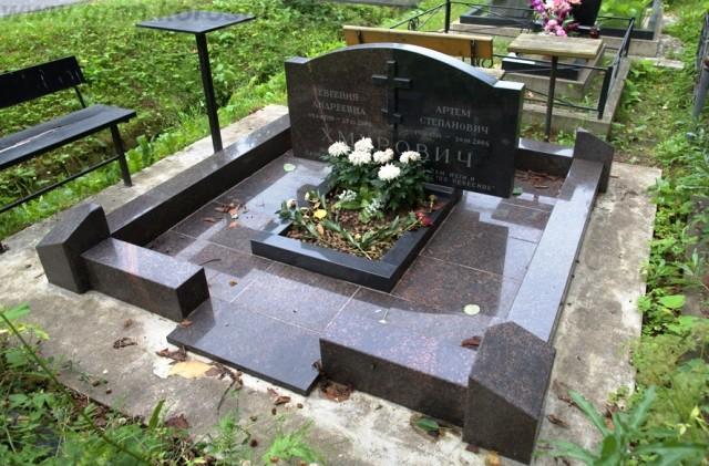 памятники оптом Украина