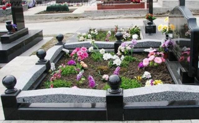 купить памятник в Киеве цены в гривнах