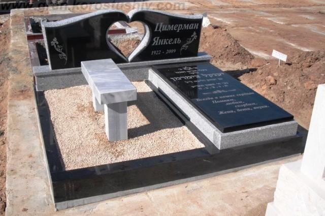 купить гранитный памятник в Киеве цена