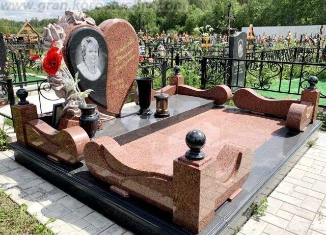 цветной памятник Коростышев киев Украина фото цена wdtnyjq gfvznybr