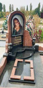 памятники на могилу з кольоровою фотографією Коростишів київ Україна фото ціна