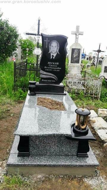 надгробні комплекси з граніту Коростишів київ Україна фото ціна