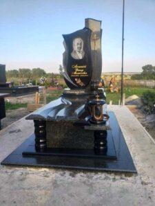 пам'ятники комплекси з граніту Коростишів київ Україна фото ціна